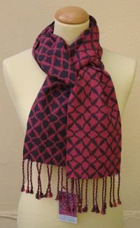 Opposites Attract scarf in pink/navy